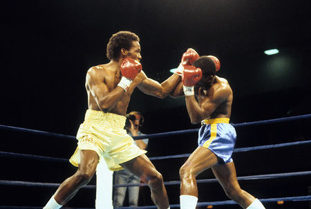 Donald Curry vs Marlon Starling 1