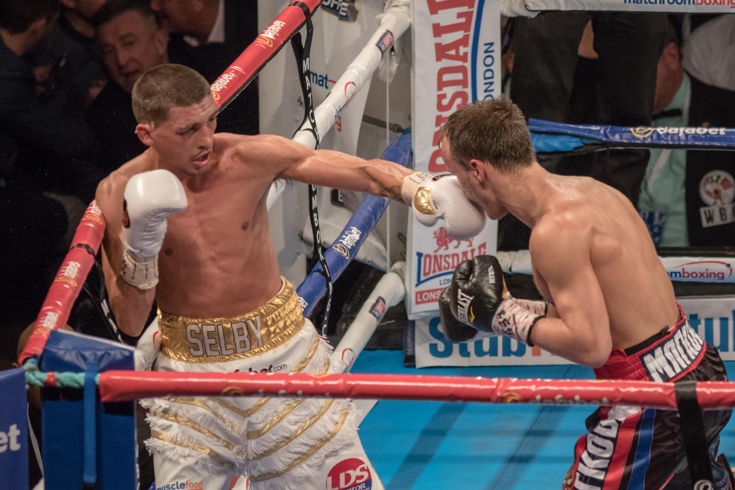 Lee Selby vs Evgeny Gradovich