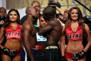 Floyd-Mayweather-Jr-and-Andre-Berto-official-weigh-in