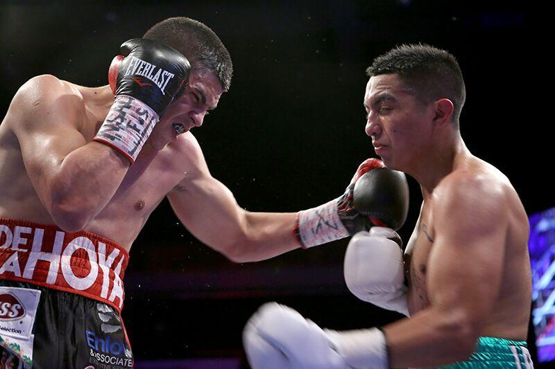 Diego De La Hoya vs Delgado