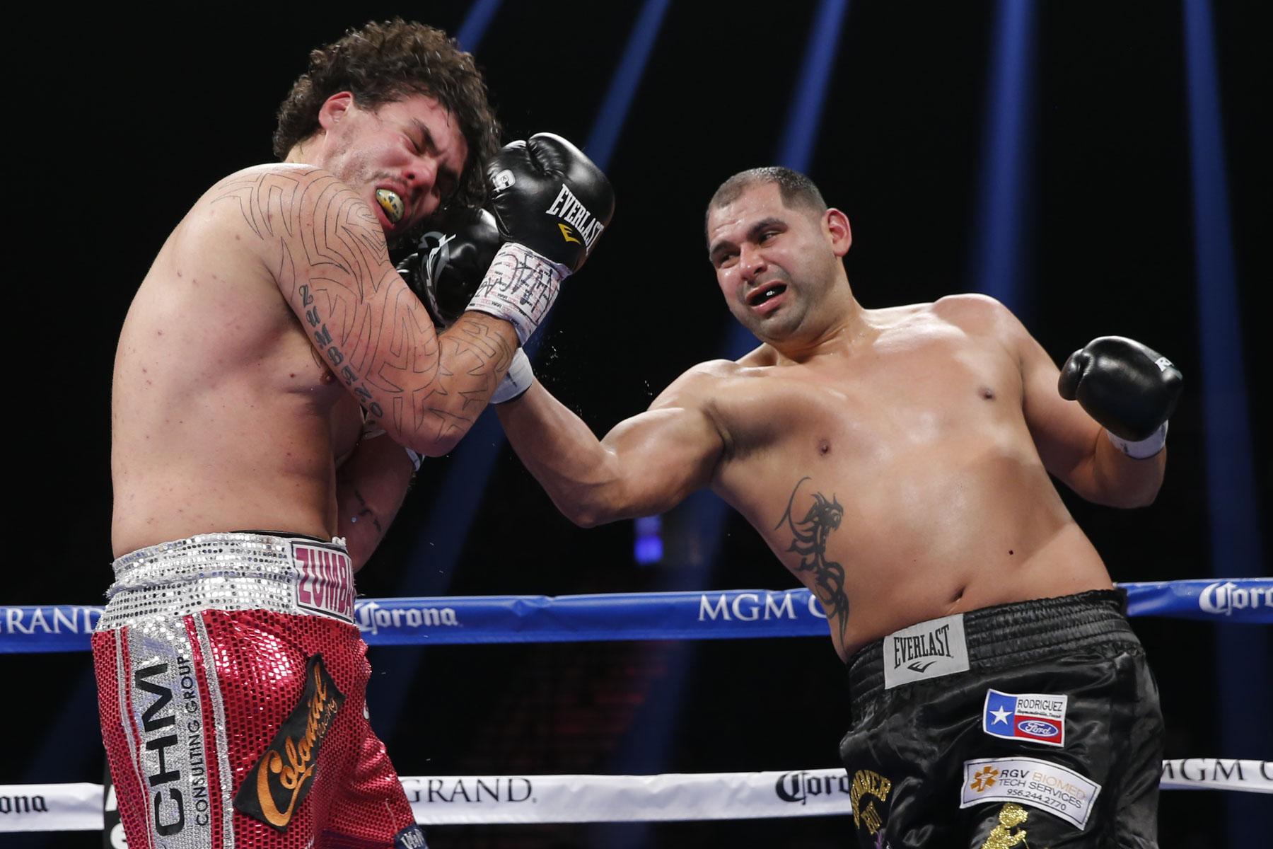 Eric Molina vs Raphael Zumbano