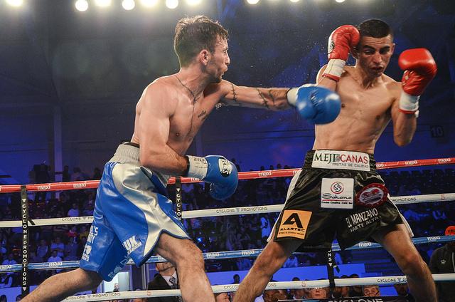 Lee Haskins vs Ivan Morales