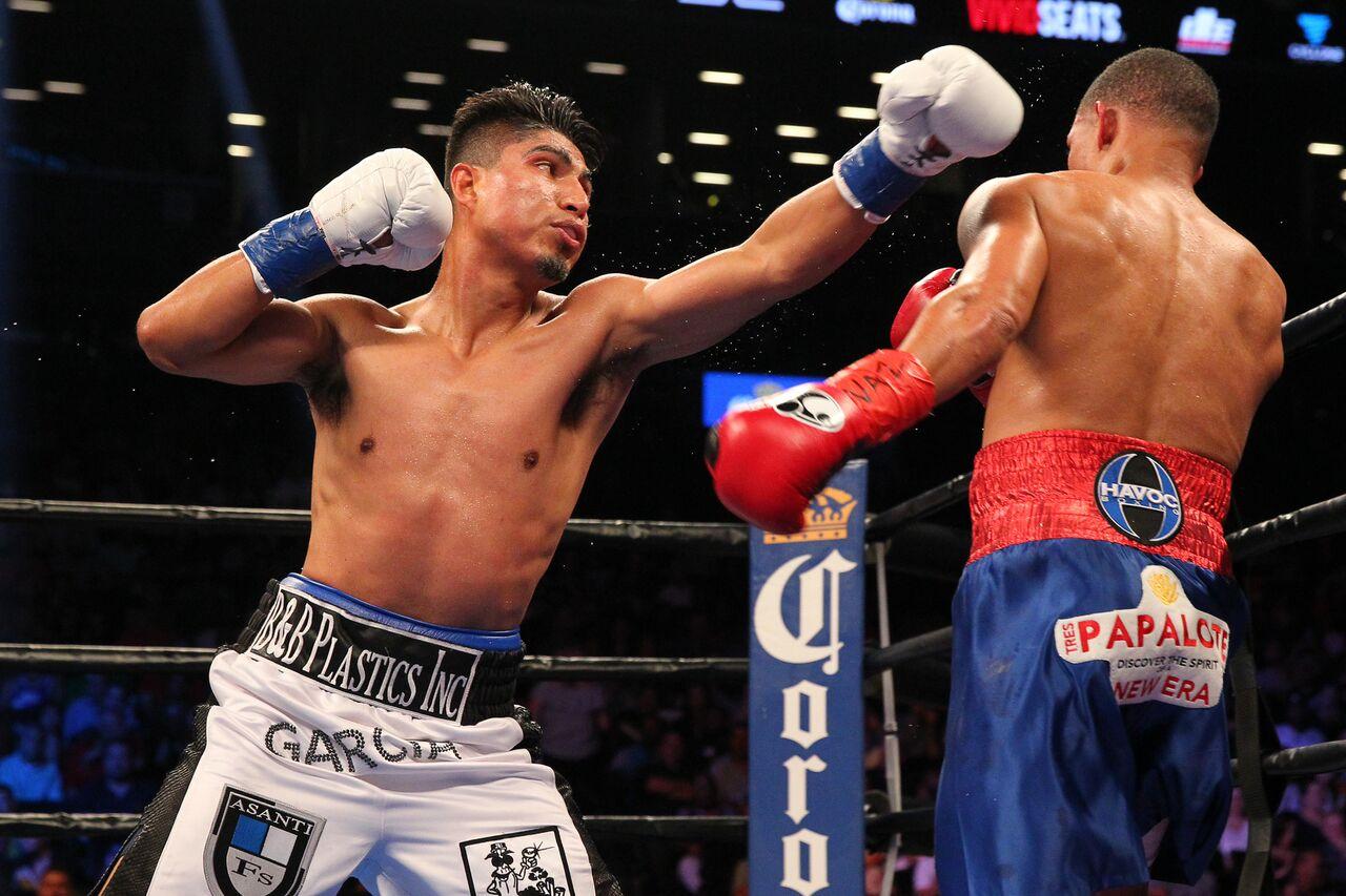 Mikey Garcia vs Elio Rojas