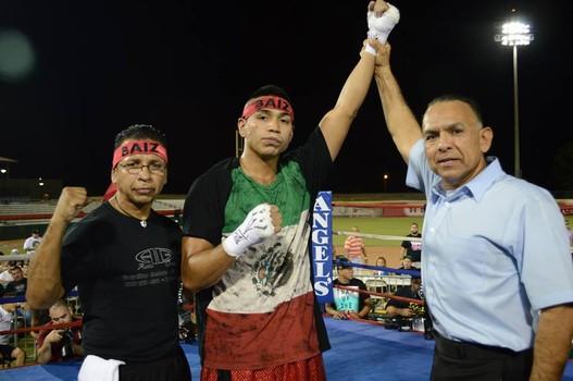 Daniel-Baiz-Robert-Elizondo-of-Boxeo-Imperio