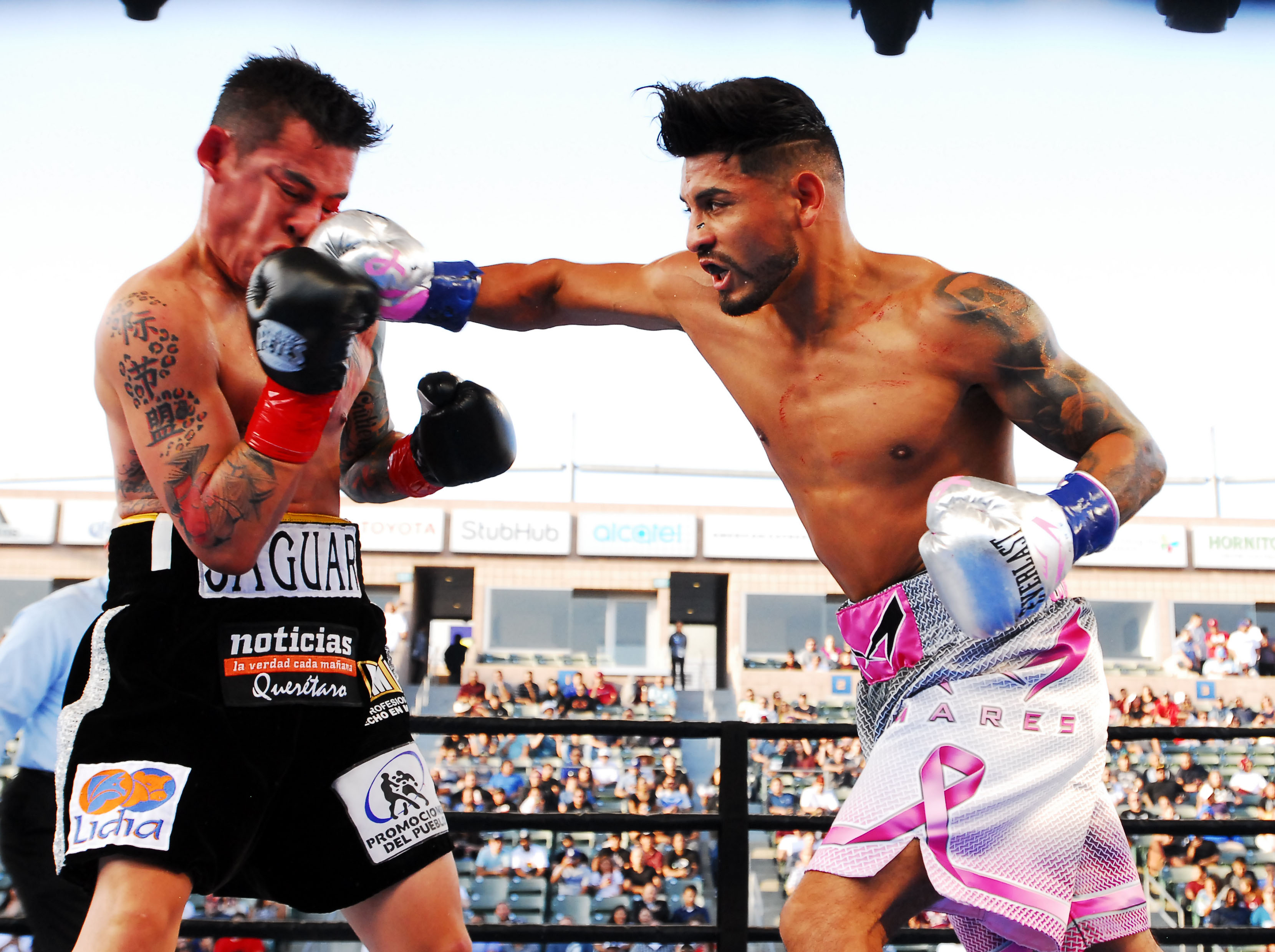 Mares lands straight right