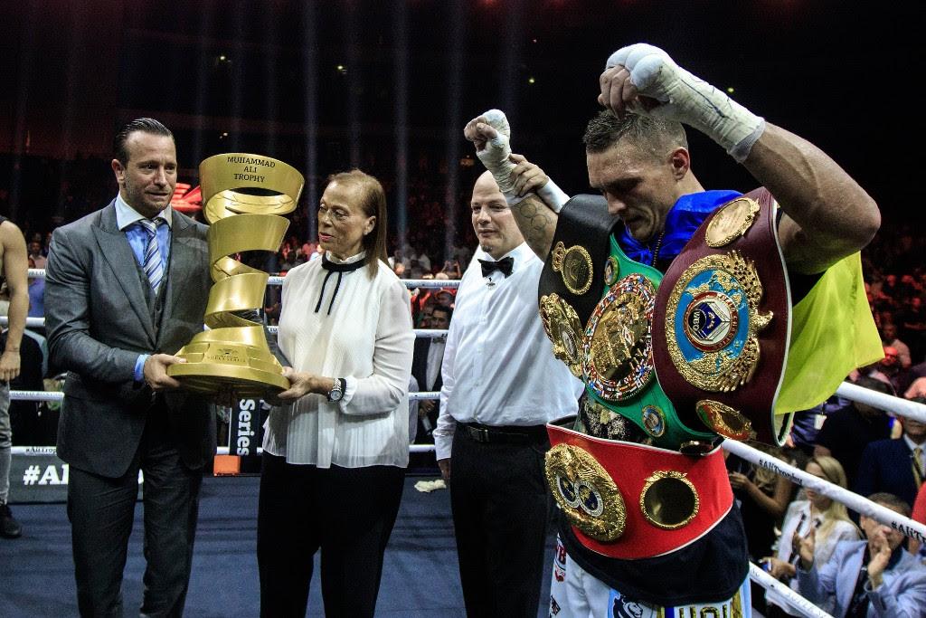Oleksandr_Usyk_WBSS_Ali_Trophy