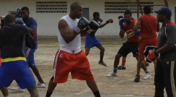 nigeria-boxers-in-camp