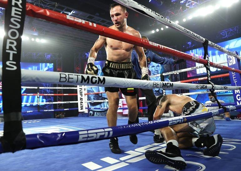 Egidijus_Kavaliauskas_vs_Mikael_Zewski_knockdown-Mikey-Williams-Top-Rank